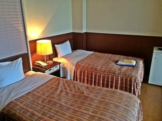 Takamatsu Hotel Sakika: 和洋室(ツインベッド)