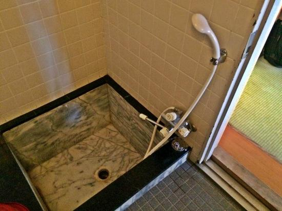 Takamatsu Hotel Sakika: お風呂(広めです。)