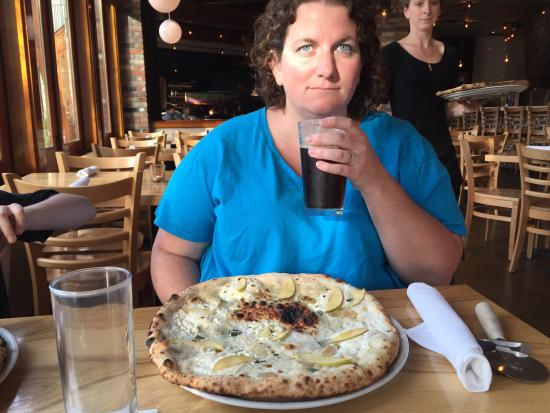 Maialina Pizzeria Napoletana: Very good pizzas, my son who is super picky in what he eats loved the olive pizza.  My wife had