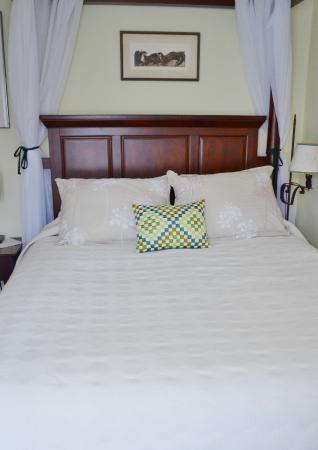 Oviatt House Bed and Breakfast: Grose Room