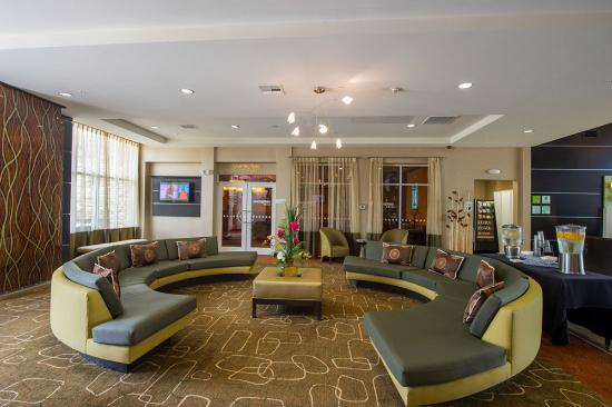 Holiday Inn Hotel-Houston Westchase: Hotel Lobby