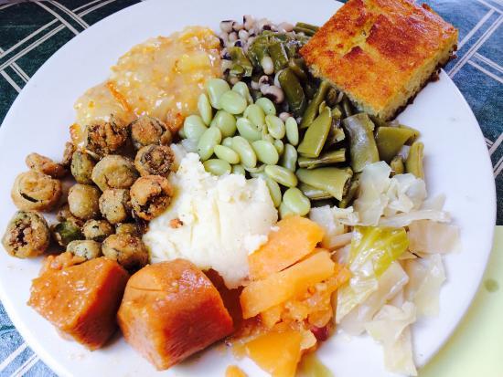 LaGrange, GA: Ten-vegetable sampler platter
