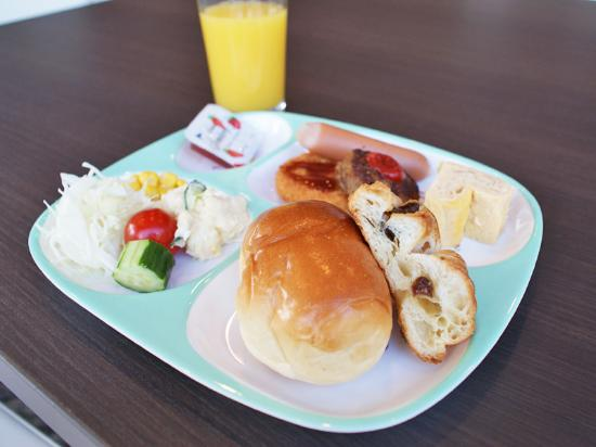 Hotel Royal Stay Sapporo : 朝食一例(キッズプレート)