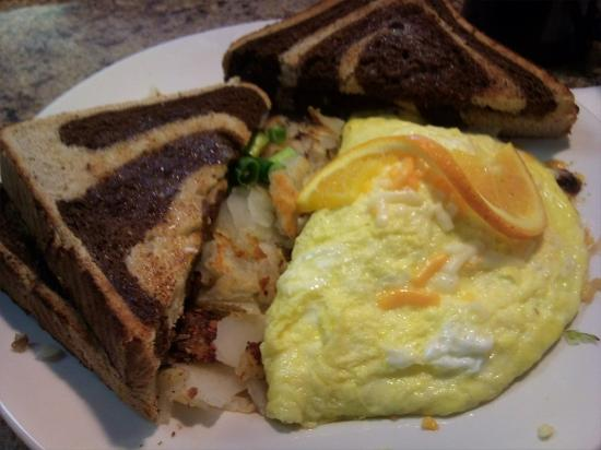 Diner on Six: Main attraction