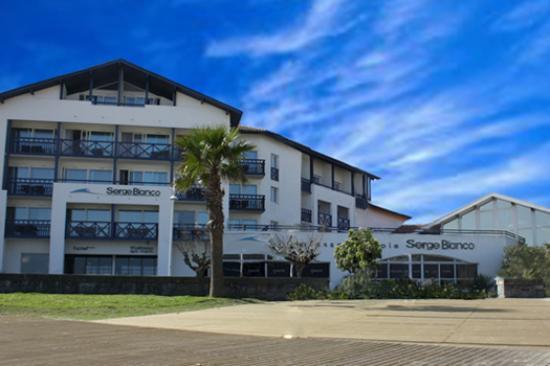 Hotel Serge Blanco & Thalassotherapy Center: hôtel entree