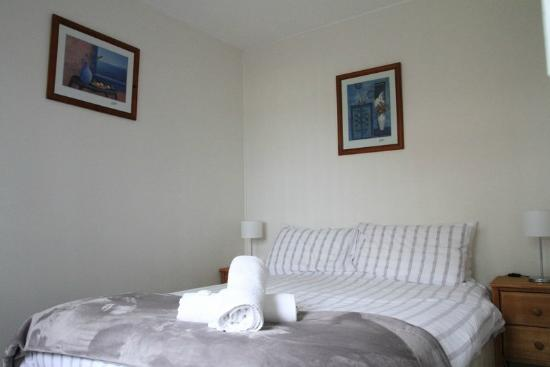 Hunter Homestead: Cottage Bedroom