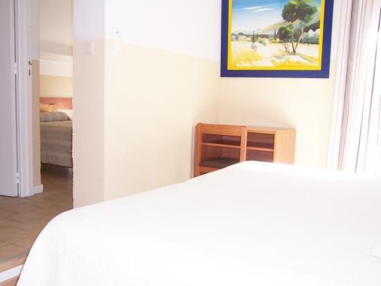 Hotel La Parenthese : chambre Communicante 4 personnes