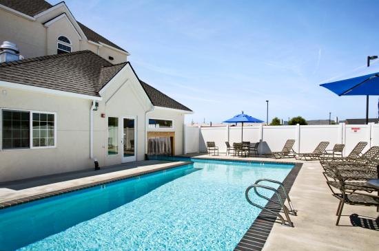 Microtel inn suites by wyndham klamath falls updated 2018 prices hotel reviews or for Klamath falls hotels with swimming pool