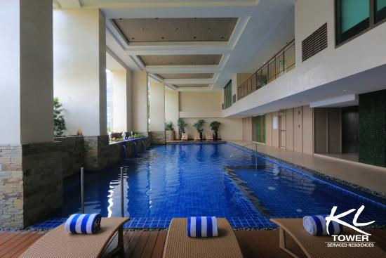 KL Serviced Residences Managed By HII: Indoor Swimming Pool