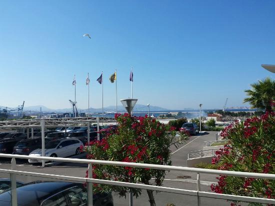 Ibis Budget Marseille l'Estaque: Terrasse cafétéria