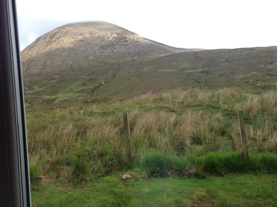 Allt a Choire Bed & Breakfast: This is the view from our bedroom window
