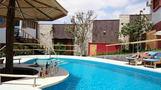 jazmín piscina