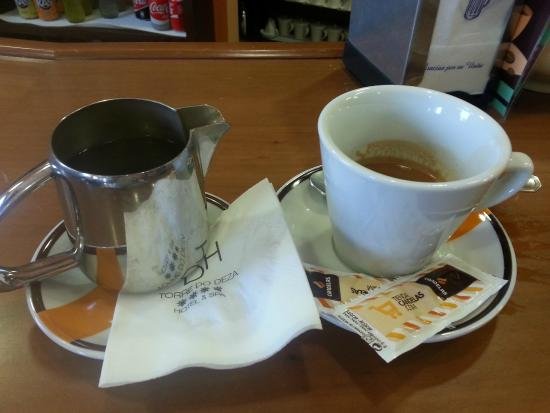 Hotel Spa Norat Torre do Deza: Perfect service for an American Cofee