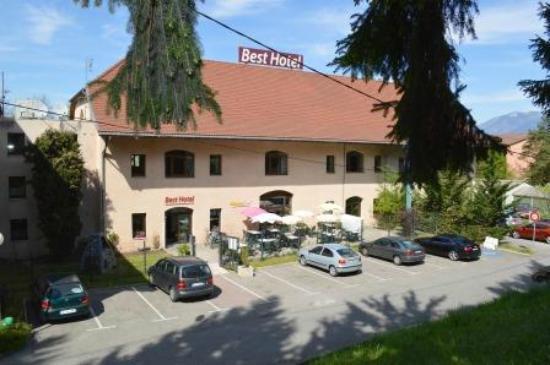 Best Hotel Annecy : extérieur