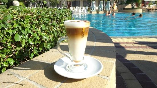 Thai Garden Resort: Latte