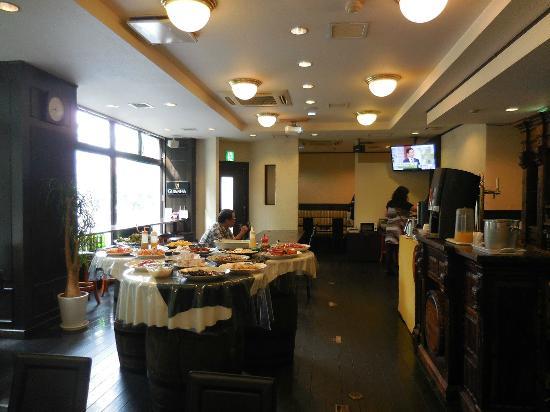 Hotel Arflex: 2階の朝食会場