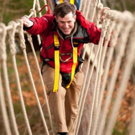 Balloch, UK: Treetop adventures
