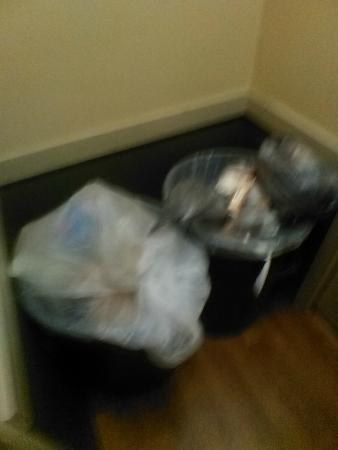 Extended Stay America - Indianapolis - Northwest - I-465: trash room