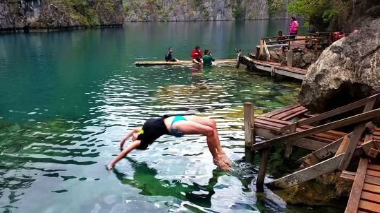 Balinsasayaw Resort: Back flip into Lake Kayangen