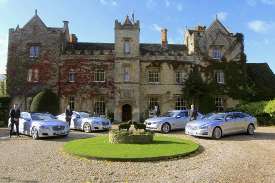 Bicester, UK: Stunning Oxfordshire Manor Houses and Country Locations