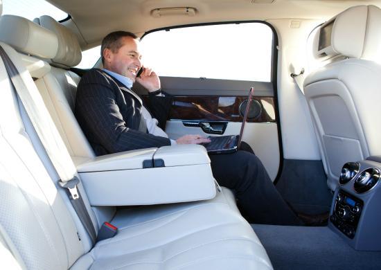 写真Purely Platinum Chauffeur Cars枚