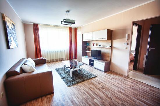 Zafir Apartmanhaz