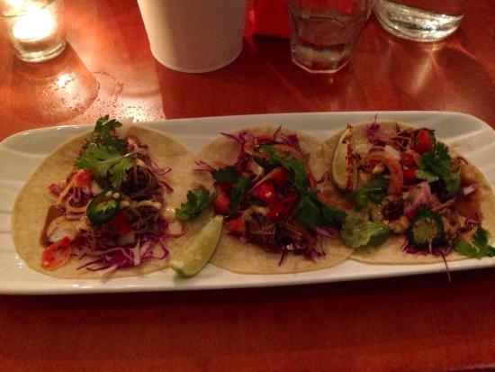 Hernando's Hideaway Mexican Kitchen: Beef tacos