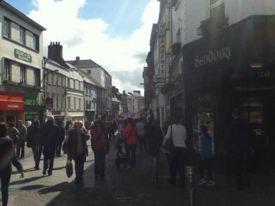 Kinlay Hostel Galway : Nearby shopping