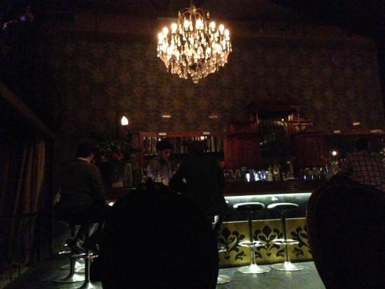 Ambiente Moderno - Picture of Franks Bar, Buenos Aires - TripAdvisor