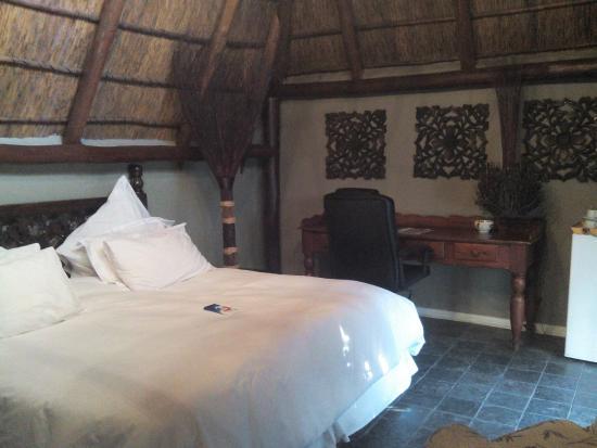 Little Eden Guest Lodge: Suite 12