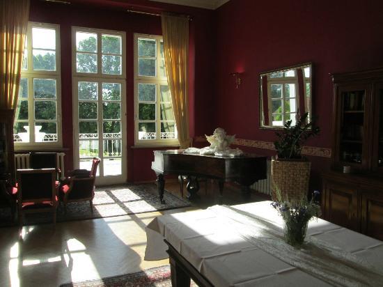 Parkhotel Schloss Wulkow : Aufenthaltsraum