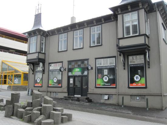 bar 11 reykjavik