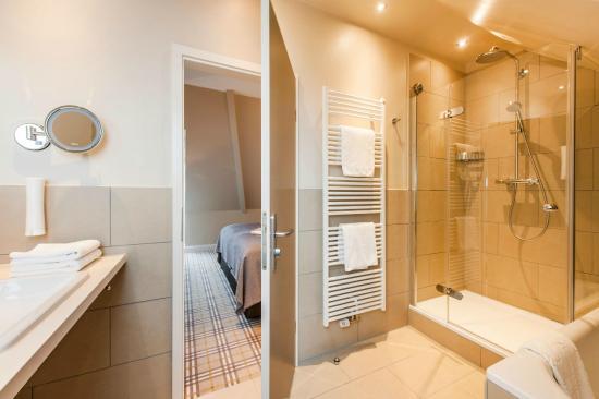 Hotel Birke: Badezimmer