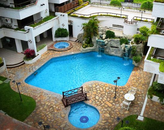 Piscina picture of hotel casa blanca santa cruz for Disenos de piscinas para casas