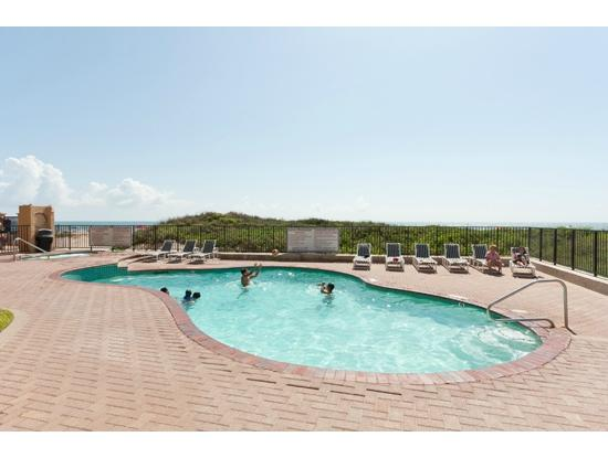 Suntide II Resort Condominiums: Heated Pool