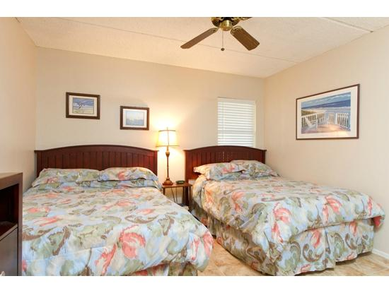 Suntide II Resort Condominiums: Guest Bedroom