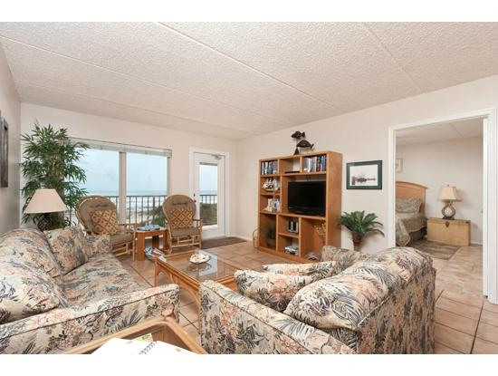 Suntide II Resort Condominiums: Spacious Living Area with View