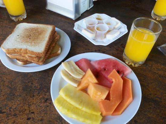 فويجو دي سول: Opção 2 Café da Manhã Frutas e Tostadas
