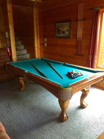 Gatlinburg Falls Resort The Pool Table Was In A Small Room With Sofa