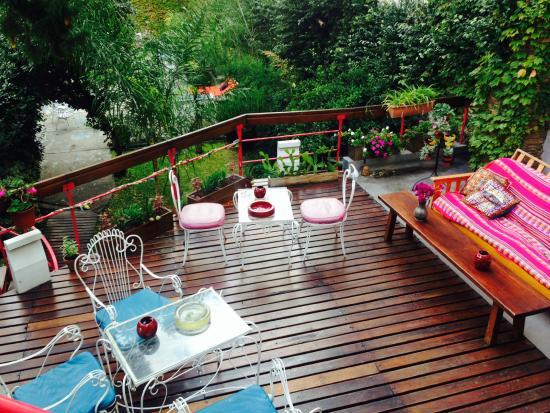 Livian Guesthouse: Deck
