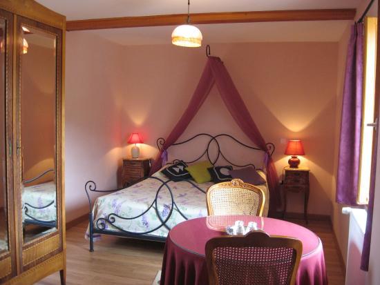 chambre bois de rose - Photo de Chambres d\'hotes les ...