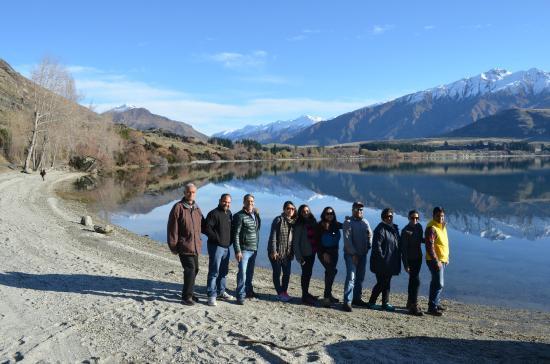 Ridgeline Adventures: In front of Lake Wanaka