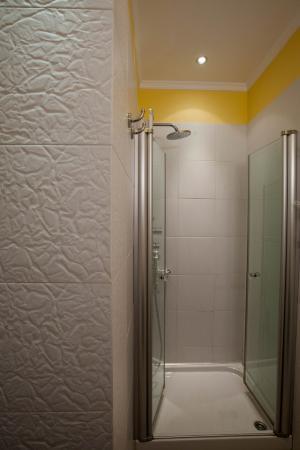 Aetoma Hotel: Bathroom