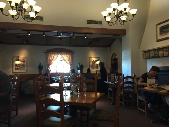 Best moscato picture of olive garden chandler tripadvisor for Olive garden locations phoenix