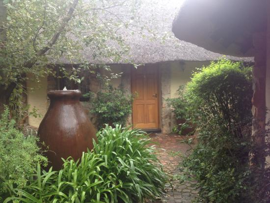 Idwala Boutique Hotel Johannesburg : Lovely gardens