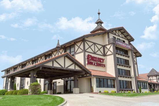 Drury Inn & Suites Jackson, MO: Exterior