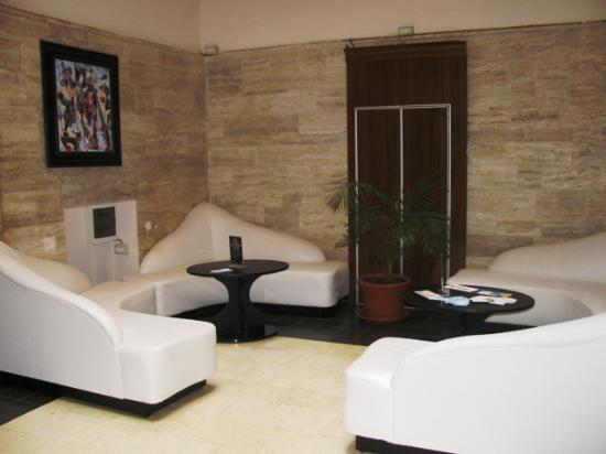 Hotel Palace: lounge on ground floor