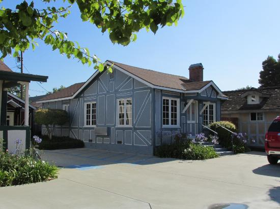 Solvang Inn and Cottages: Solvang Cottage #114