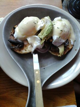 Full Moon: Egg Benedict