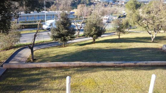 Nemea Appart'Hotel Residence Green Side : The view from the balcony